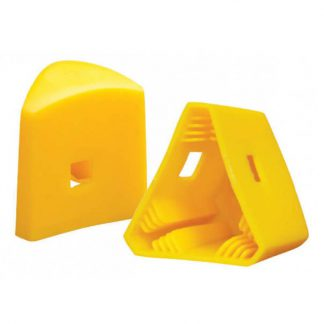 Star picket guards - triangle safety caps - photo